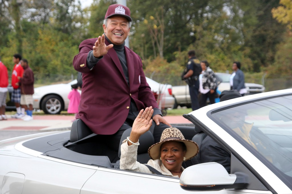 Morehouse College President Reverend Dr. Robert M. Franklin and his wife, Dr. Cheryl G. Franklin enjoy the 2012 Homecoming Parade.