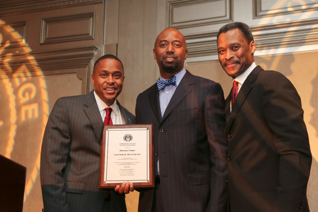 Morehouse College Alumni Chapter of the Year: Milwaukee. (L) Kevin Green, President Morehouse Alumni Association, (M) Receiving the Award, New Chapter President Gregory Martin ′93 (R) Morehouse College President John S. Wilson