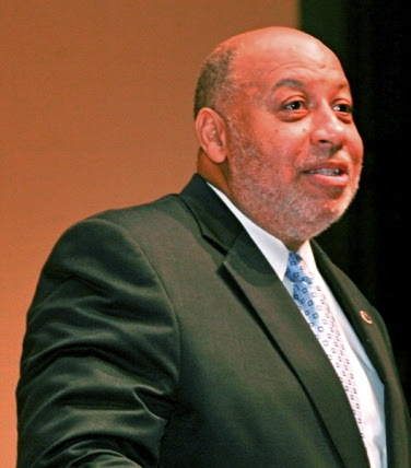 Earl Nero '72, Executive Director, Retires from Morehouse College Alumni Association
